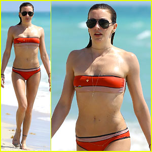 Arrow's Katie Cassidy Shows Off Amazing Body in Tiny Bikini!