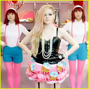 Avril Lavigne Rocks Cupcake Tutu For 'Hello Kitty' Music Video - Watch Now!