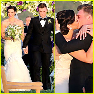backstreet boys nick carter is married wedding photos here