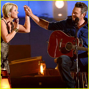 Blake Shelton Duets 'My Eyes' with Former 'Voice' Contestant Gwen Sebastian at ACM Awards 2014! (Video)