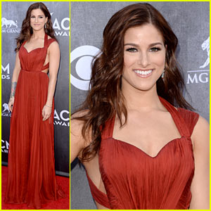 Cassadee Pope's Dress Perfectly Compliments the Red Carpet at the ACM Awards 2014