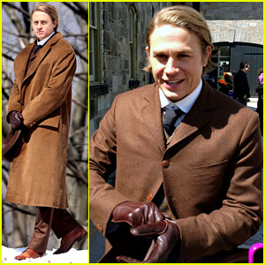 Charlie Hunnam Turns 34 on 'Crimson Peak' Set - First Photos!