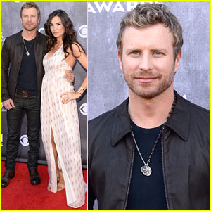 Dierks Bentley: ACM Awards 2014 Red Carpet with Wife Cassidy!