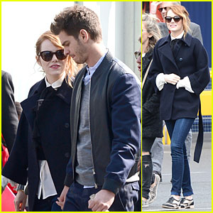 Emma Stone & Andrew Garfield Hold Hands in Disneyland Paris!