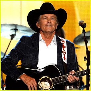 George Strait Wins Entertainer of the Year at ACM Awards 2014!