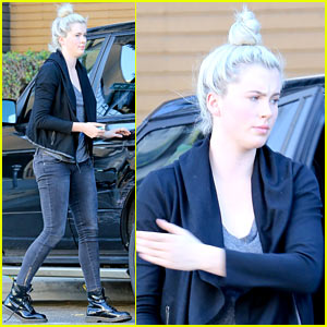 Ireland Baldwin Goes Back to Blonde, Ditches Her Blue 'Do!
