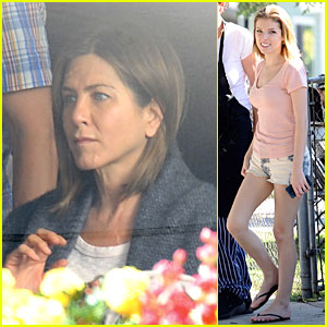 Jennifer Aniston & Anna Kendrick Grab Anything But 'Cake' for Set Lunch!