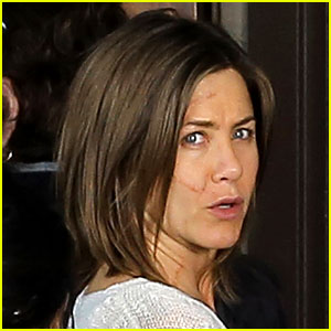 Jennifer Aniston Shows Off Large Facial Scar for Her Film 'Cake'