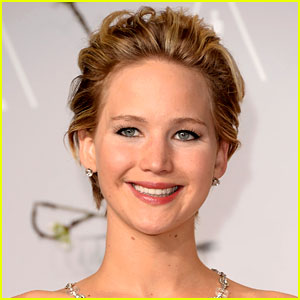 Jennifer Lawrence Voted FHM's Sexiest Woman in the World