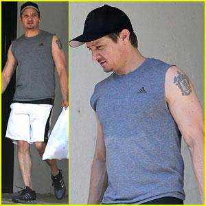 Jeremy Renner Has Bulging Biceps After Superhero Workout