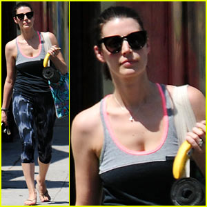 Jessica Pare Discovers Her Love of Junk Food in New Funny or Die Video - Watch Now!