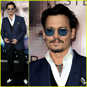 Johnny Depp Attends 'Transcendence' Premiere Sans Fiancee Amber Heard