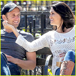Josh Lucas & Jessica Ciencin Henriquez Look Very Lovey Dovey Despite Divorce Announcement