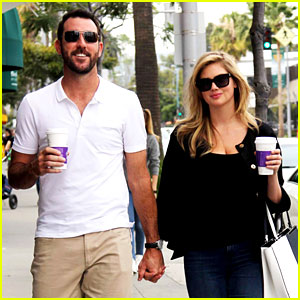 Kate Upton & Boyfriend Justin Verlander Hold Hands & Have the Look of Love!