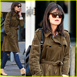 Katie Holmes Tap Dances & Sings in Her Movie 'Miss Meadows'!
