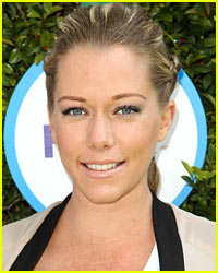Kendra Wilkinson Wears a Bikini While Very Pregnant