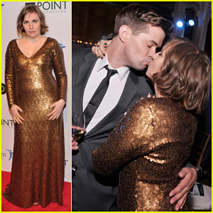 Lena Dunham & Andrew Rannells Share Kiss at Point Honors New York Gala!