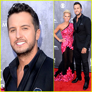 Luke Bryan: ACM Awards 2014 Red Carpet with Wife Caroline!