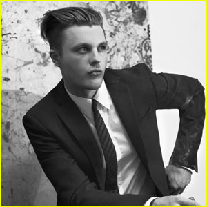 Michael Pitt Is Suitably Handsome For 'Flaunt' Magazine!