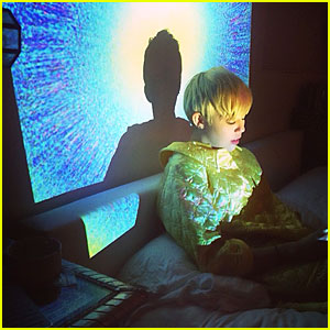Miley Cyrus Enjoys the Bright Lights in Bed After Hospital Release!