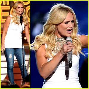Miranda Lambert Gets the Crowd Moving with 'Automatic' at ACM Awards 2014 (Video)