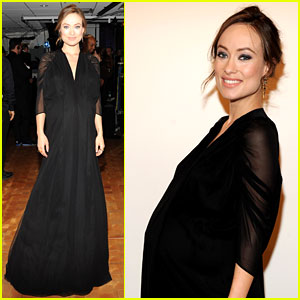 Olivia Wilde Flaunts Large Baby Bump at Revlon Concert