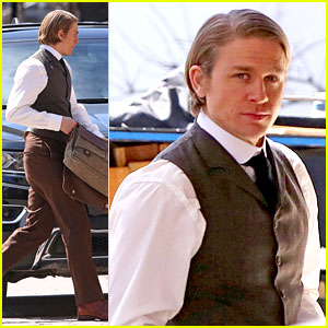 Only Charlie Hunnam Can Look That Sexy in a Period Costume