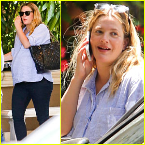 Pregnant Drew Barrymore Looks Like She Will Pop Any Day Now