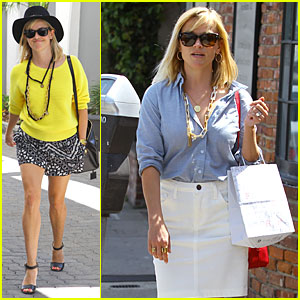 Reese Witherspoon is the Epitome of Spring Fashion Done Right!