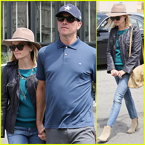 Reese Witherspoon Is Definitely Having a Good Friday with Husband Jim Toth!