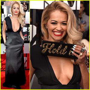 Rita Ora Sports Major Cleavage at MTV Movie Awards 2014!
