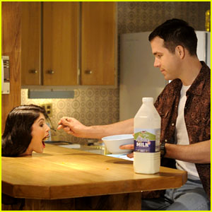 Ryan Reynolds' New Movie 'The Voices' Looks So, So Creepy