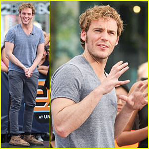 Sam Claflin Makes Us Very Happy with an 'Extra' Gun Show!