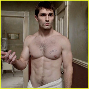 Sam Witwer Goes Shirtless Ahead of Tonight's 'Being Human' Series Finale
