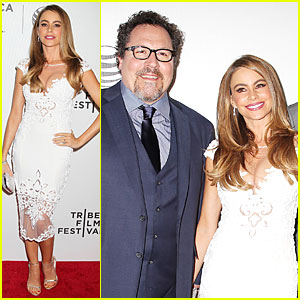 Sofia Vergara & Jon Favreau Premiere 'Chef' at Tribeca Film Fest!