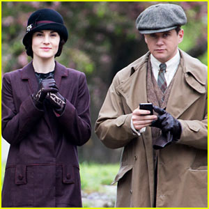 These 'Downton Abbey' Set Photos Are Getting Us Really Excited for Season 5!