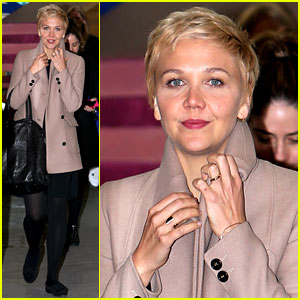 We're Loving Maggie Gyllenhaal & Her Blonde Pixie Haircut!