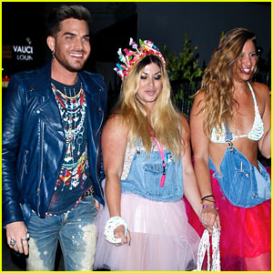Adam Lambert Looks Like He's Having a Really Fun Night with Friends!