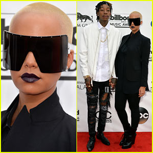 Amber Rose Wears Huge Sunglasses at Billboard Music Awards 2014 with Wiz Khalifa