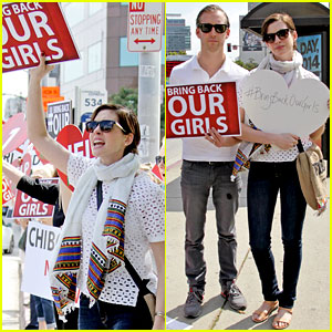 Anne Hathaway Joins Protesters at Bring Back Our Girls Rally