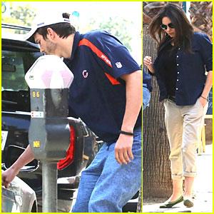 Ashton Kutcher is Such a Gentleman For Pregnant Mila Kunis!