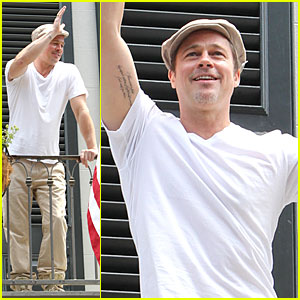Brad Pitt Is Grinning Ear to Ear Before Make It Right Gala!