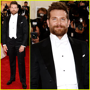 Bradley Cooper Makes it a Tom Ford Evening at the Met Ball 2014!