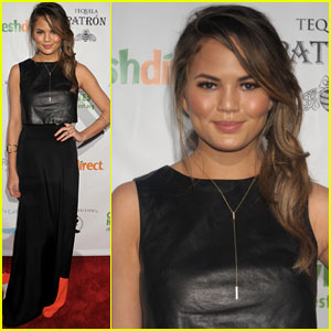 Chrissy Teigen Looks Lovely at Lobster de Mayo NYC Event!