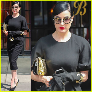 Dita Von Teese Watches 'Peter Pan' Over Relaxing NYC Weekend