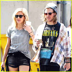 Ellie Goulding Missed Home While Touring; Meets Up With Rumored Boyfriend Dougie Poynter