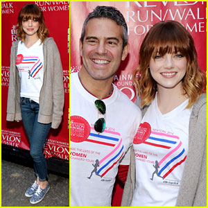 Emma Stone Lets Spider-Man Fight Crime While She Fights Cancer at Revlon Run/Walk