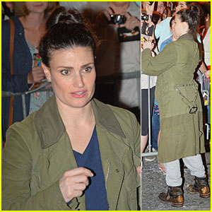Idina Menzel Wants John Travolta to Sing 'Grease' Song For His Oscars Flub!