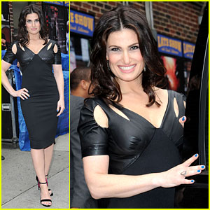 Idina Menzel Belts Out an 'If/Then' Song for 'Letterman' (Video)