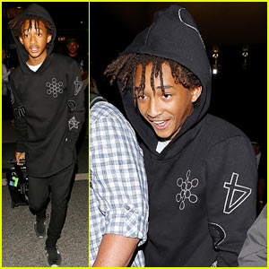 Jaden Smith Can't Keep From Smiling Before His Night Flight at LAX